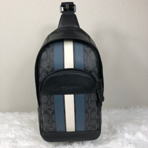 Coach Mens Houston Pack in Signature with Varsity